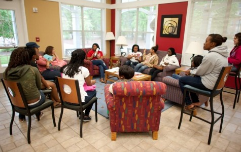 Resident Life holds relationship forum