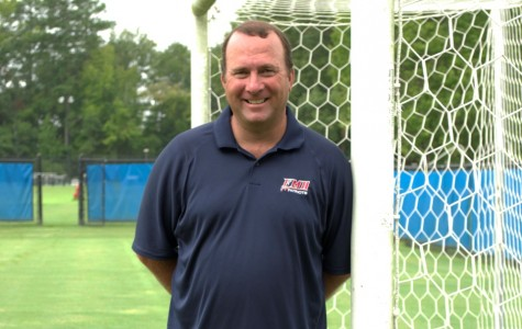 Women's Soccer welcomes coach Pitt to the helm