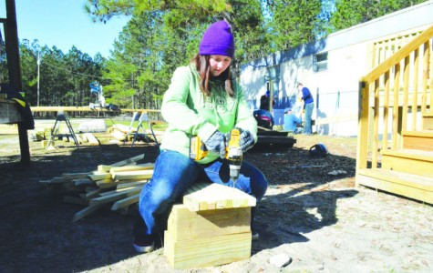FMU students rebuild homes for flood victims in Florence County