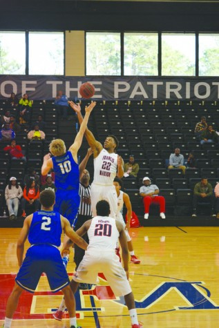 Browning leads Pats to victory over Bobcats