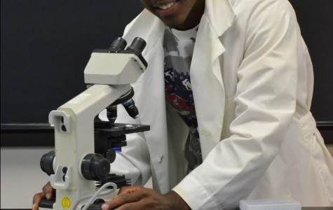 Biology student receives prestigious scholarship