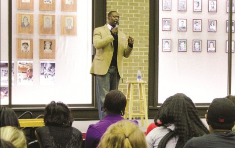 Comedian performs during Homecoming