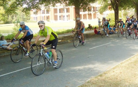 Cyclists pedal to FMU finish line