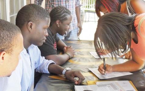 Alpha Phi Alpha holds voter registration