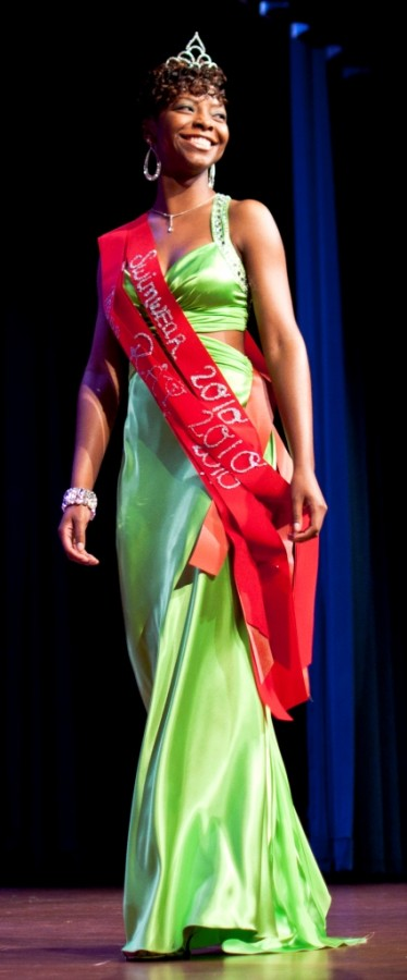 Kappa Alpha Psi crowns 2010-2011 pageant winner