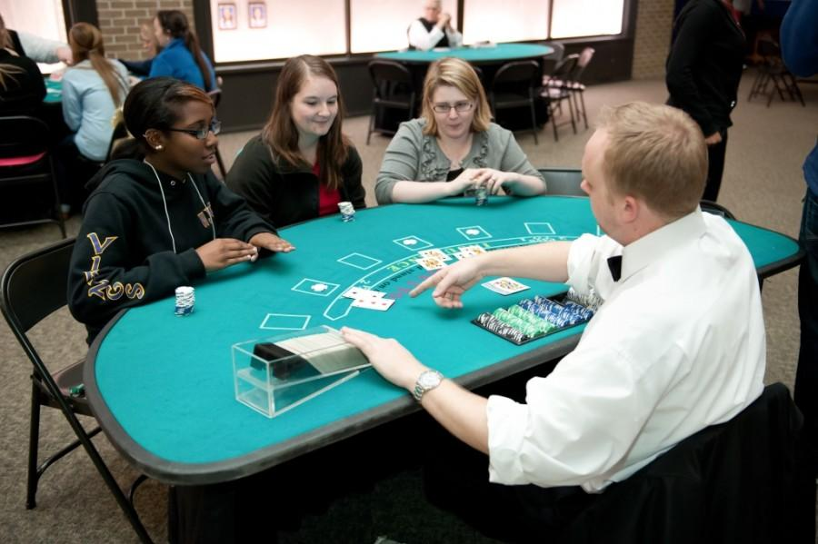 Students+play+cards+at+Casino+Royale