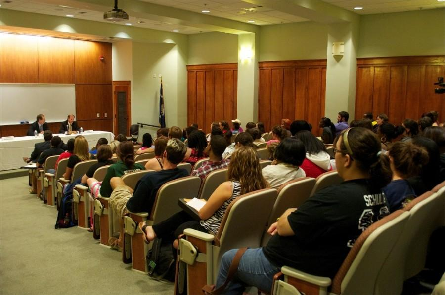 FMU Celebrates Constitution Day Local attorneys lecture on Fourth Amendment and Social Media