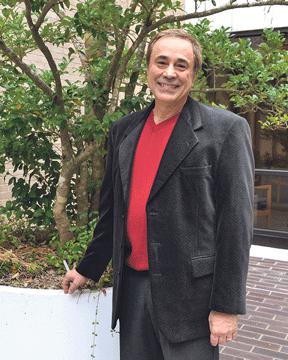 Professor talks non-profit management