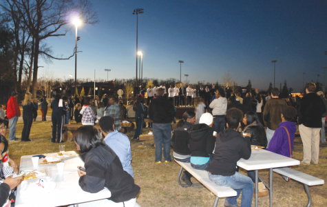 Bonfire ignites Patriots' school spirit