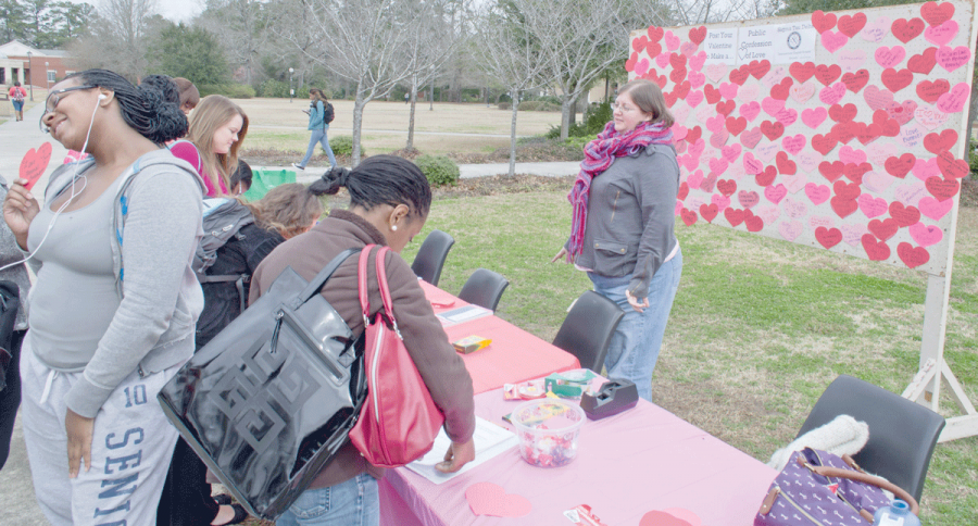 STD spreads literacy love across campus