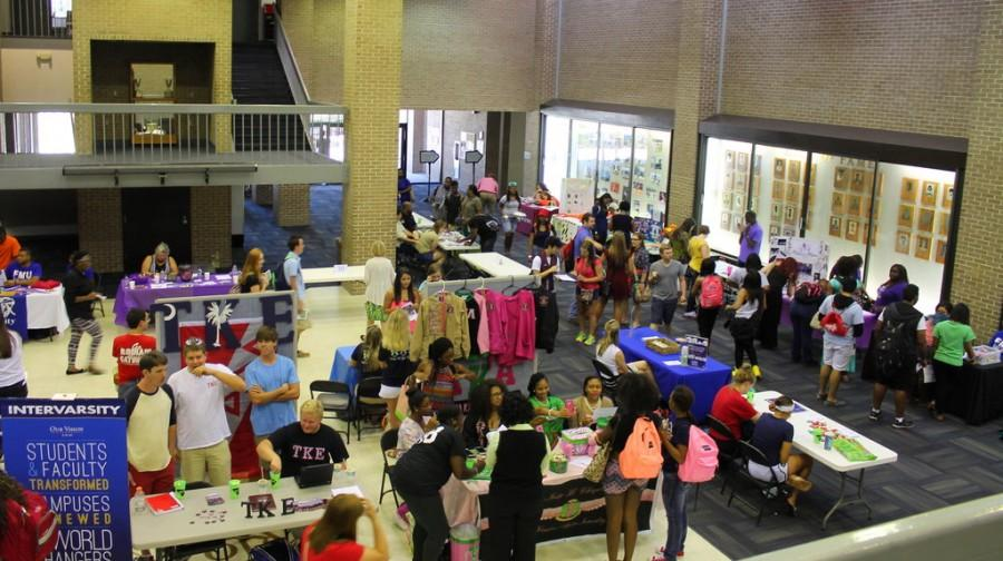Involvement Fair returns to UC: Campus, community help students find niche