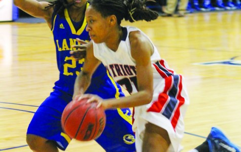 Bearcats steal win at Smith University Center