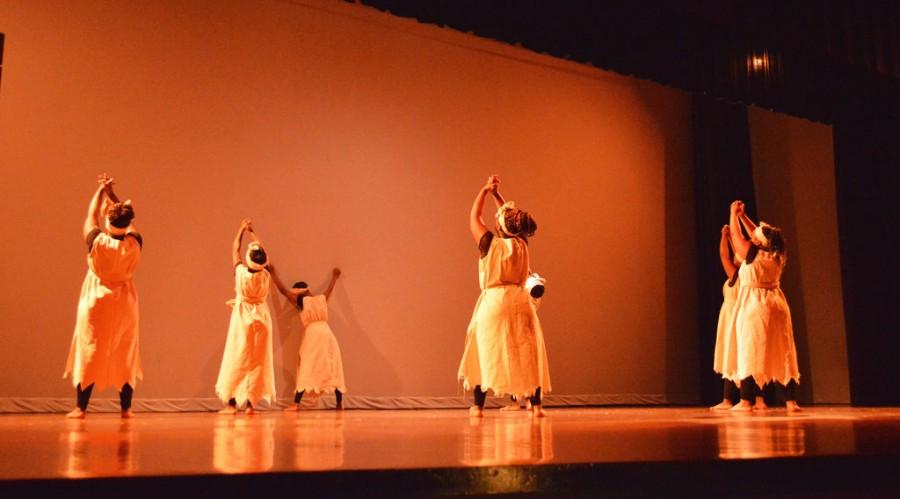 Heritage+program+interprets+history+through+dance