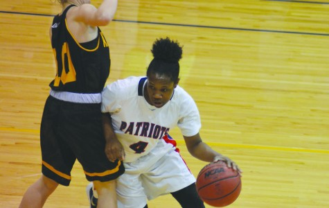 Defense sends FMU soaring past Pirates