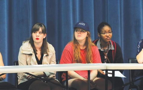 Freshmen present ideas, opinions on current political issues