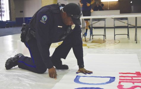Students pledge to end violence