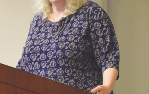 Author gives annual Hunter Lecture