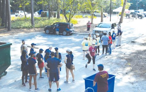 Freshmen, transfers move to campus