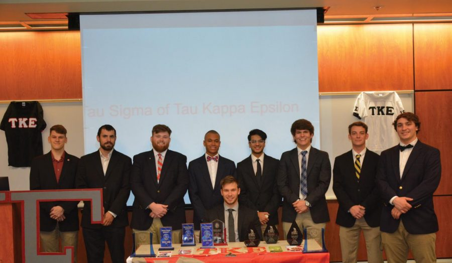 TKE+members+represent+their+fraternity+at+IFC+recruitment.