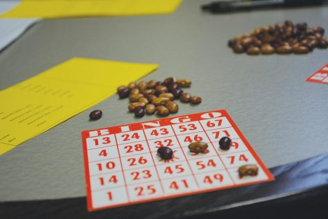 Students play Spanish Bingo at the Cauthen Café.