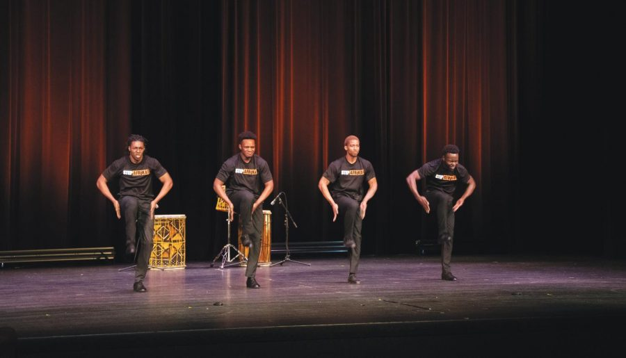 Step+Afrika+wows+the+crowd+with+their+performance.+