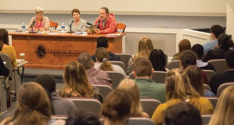 Students get to know English, modern languages faculty