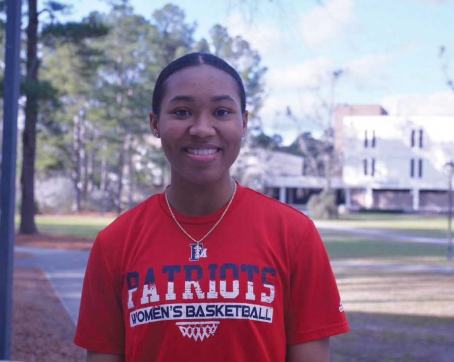 Gilmore+is+already+making+waves+at+FMU+as+a+freshman+guard%2C+and+she+has+ambitious+plans+for+the+future.