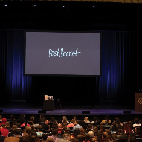 Students, faculty and the community gather to hear Frank Warren speak at the PostSecret event.