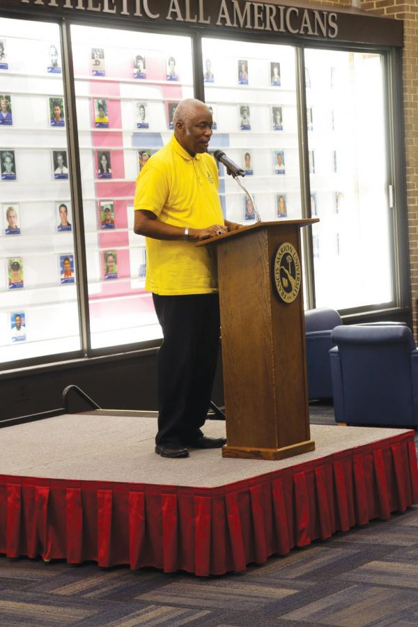 Bishop Donald Jackson adresses the crowd at the AAFSC picnic in the Smith University Center.